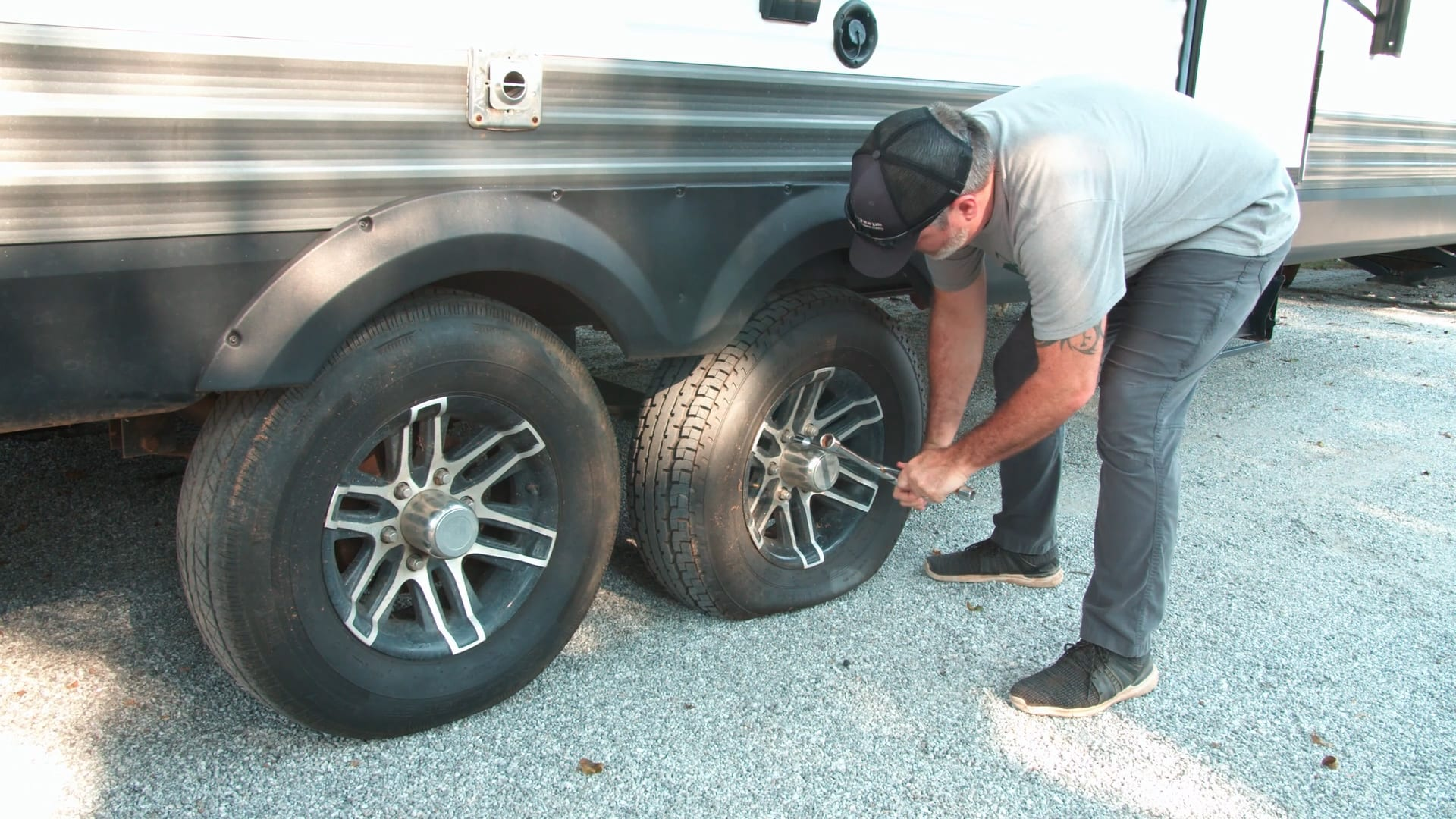 How to Change a Flat Tire on Your RV