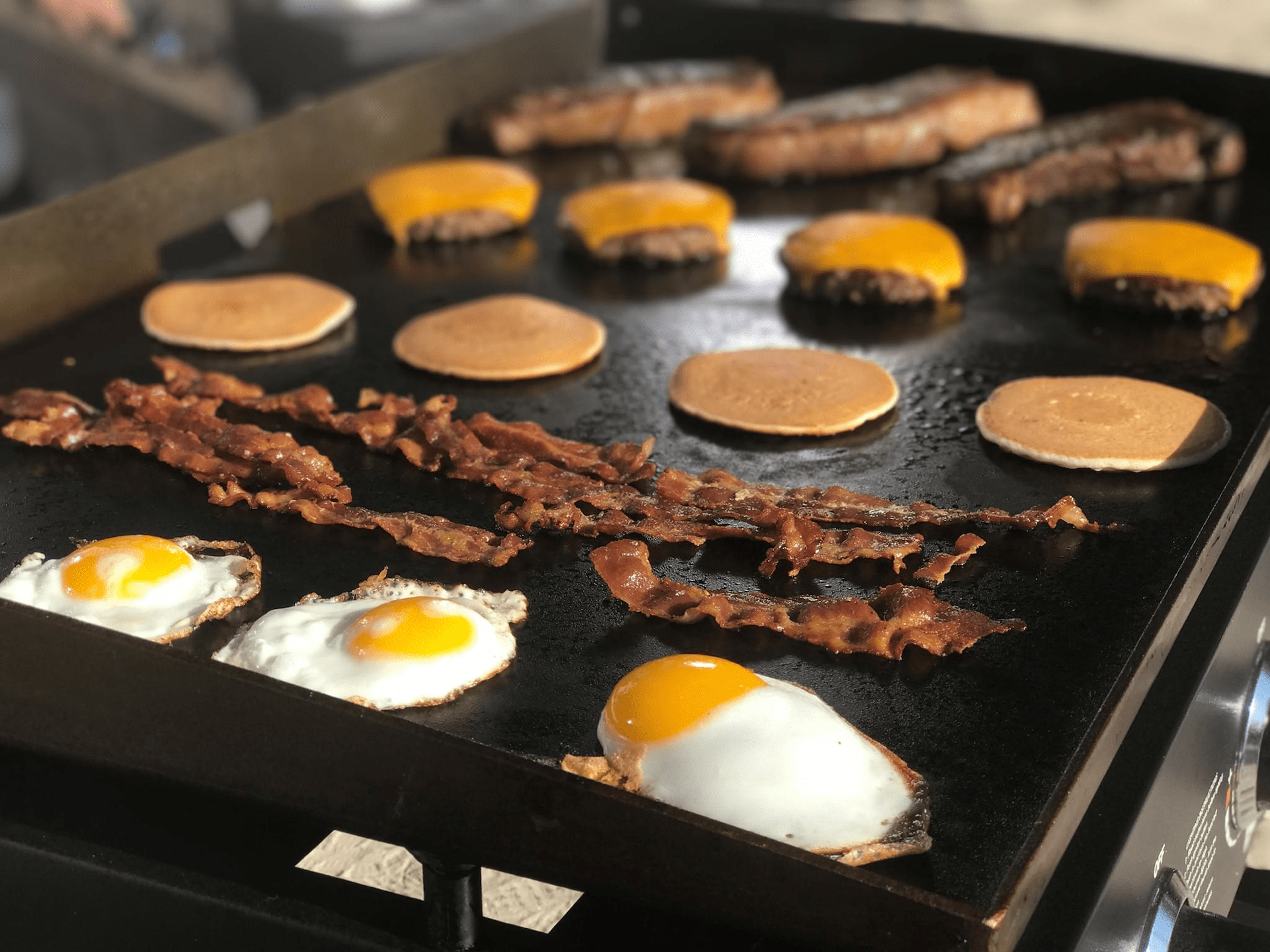 5 Easy Breakfast Recipes to Cook on Your Blackstone Griddle