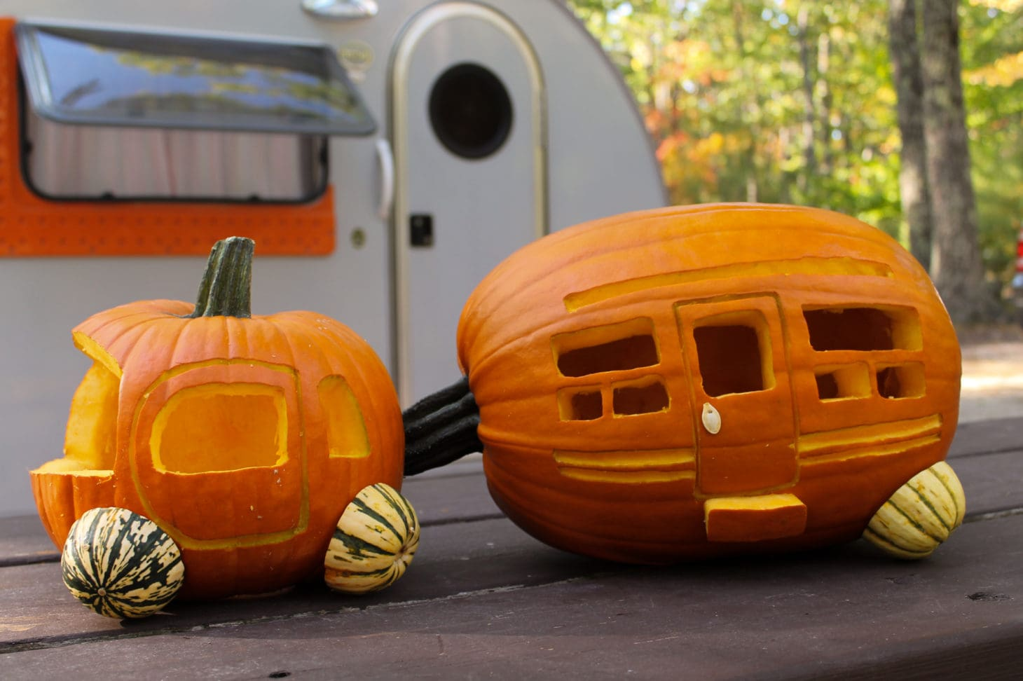 finished carved pumpkin trailer and tow vehicle