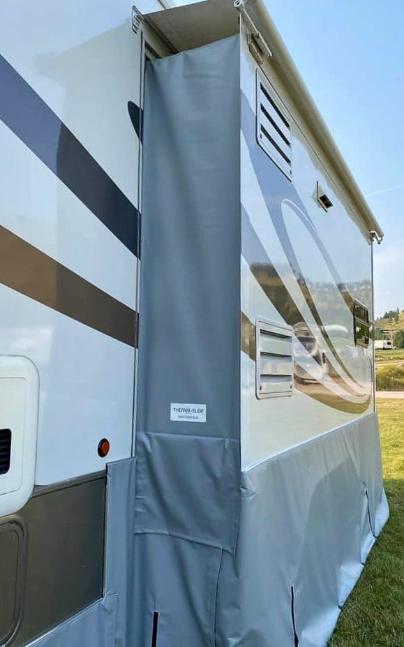 RV slide outs with skirting