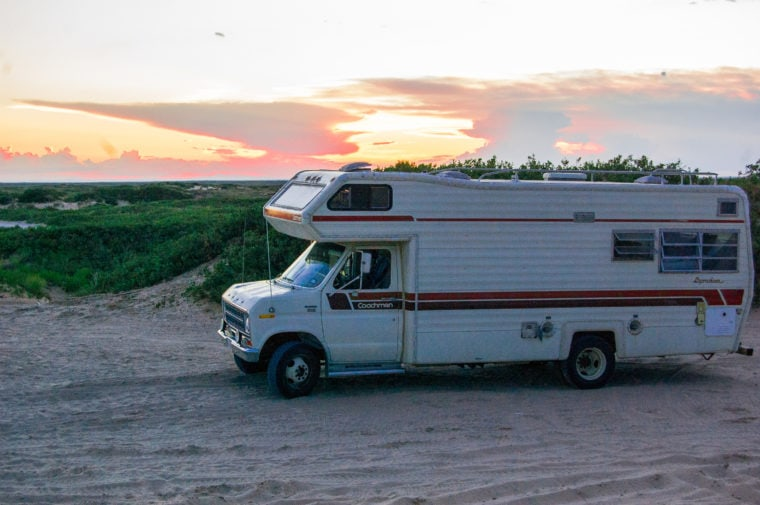 8 Myths of Vanlife No One Tells You